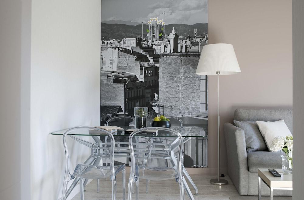 에릭 뵈켈 부티크 아파트먼트 그랑 비아 스위트(Eric Vökel Boutique Apartments Gran Vía Suites) Hotel Image 21 - In-Room Dining