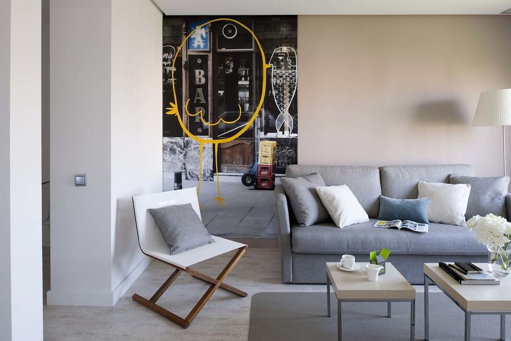 에릭 뵈켈 부티크 아파트먼트 그랑 비아 스위트(Eric Vökel Boutique Apartments Gran Vía Suites) Hotel Image 0 - Featured Image