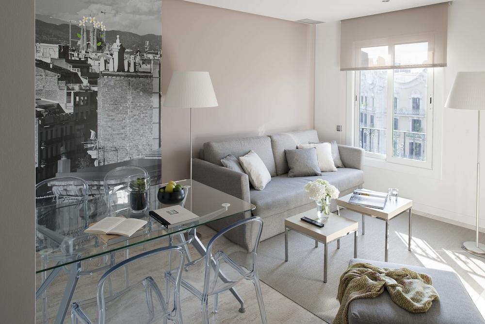 에릭 뵈켈 부티크 아파트먼트 그랑 비아 스위트(Eric Vökel Boutique Apartments Gran Vía Suites) Hotel Image 16 - Guestroom View