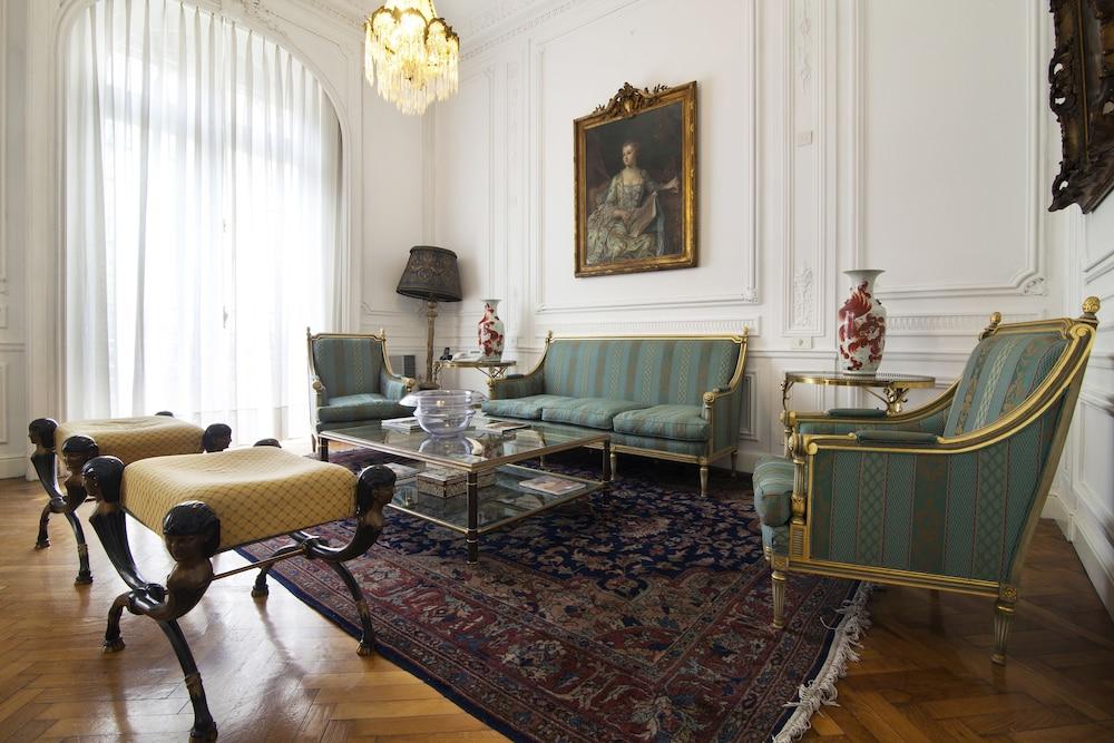 레오나르도 다 빈치 레지던스(Leonardo Da Vinci Residence) Hotel Image 1 - Lobby