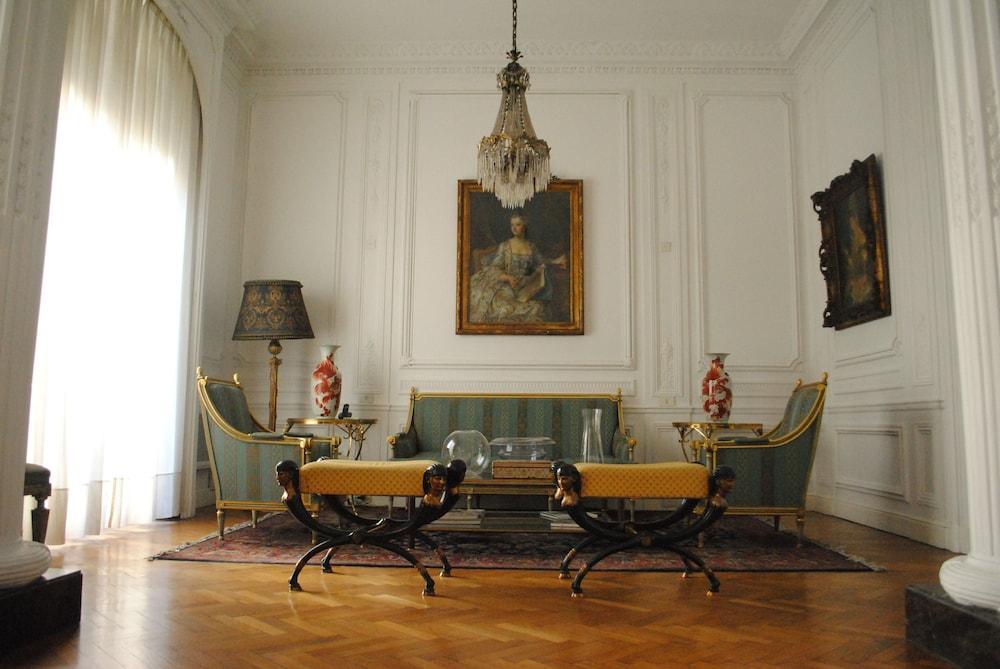 레오나르도 다 빈치 레지던스(Leonardo Da Vinci Residence) Hotel Image 4 - Concierge Desk
