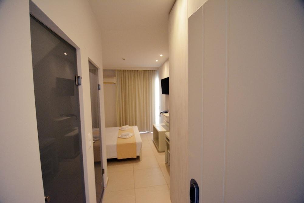 디미트리오스 비치(Dimitrios Beach) Hotel Image 11 - Guestroom