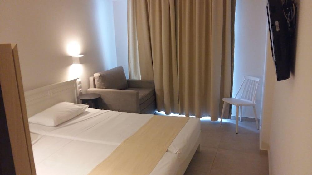 디미트리오스 비치(Dimitrios Beach) Hotel Image 8 - Guestroom