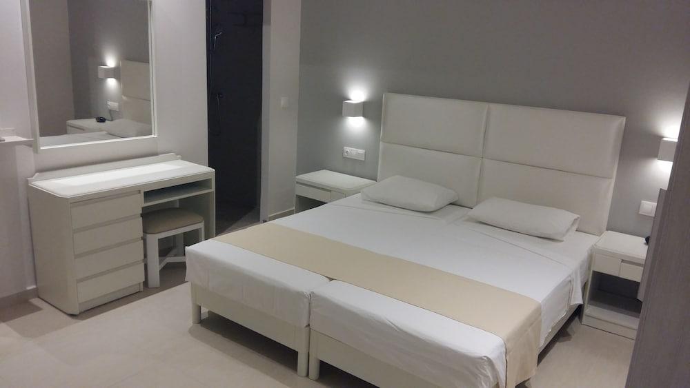 디미트리오스 비치(Dimitrios Beach) Hotel Image 7 - Guestroom