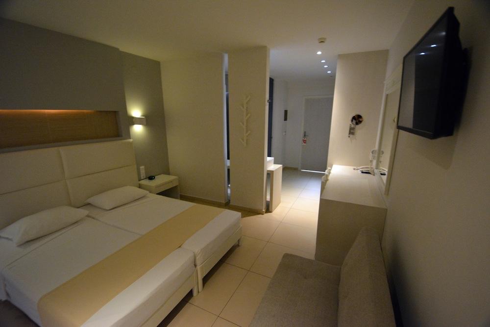 디미트리오스 비치(Dimitrios Beach) Hotel Image 15 - Guestroom
