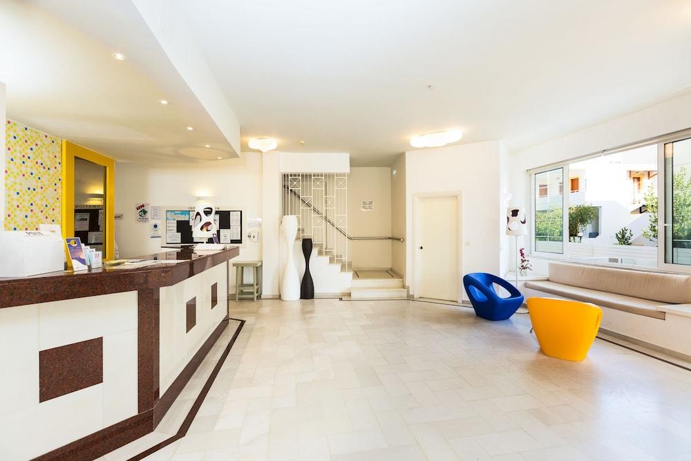 디미트리오스 비치(Dimitrios Beach) Hotel Image 29 - Reception