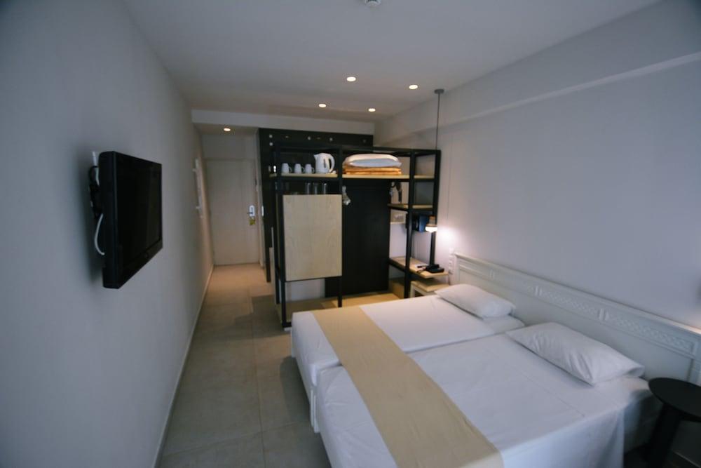디미트리오스 비치(Dimitrios Beach) Hotel Image 19 - Guestroom