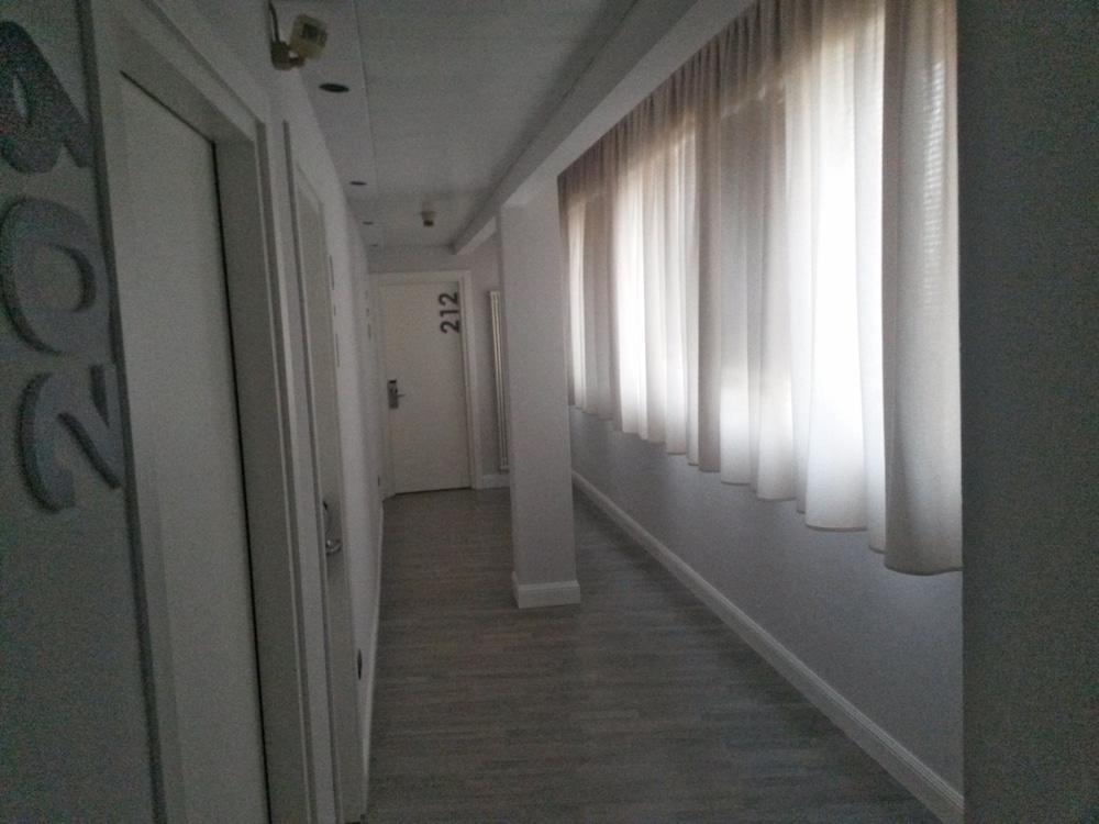 호텔 애틀랜틱 메우블레(Hotel Atlantic Meublè) Hotel Image 49 - Hallway