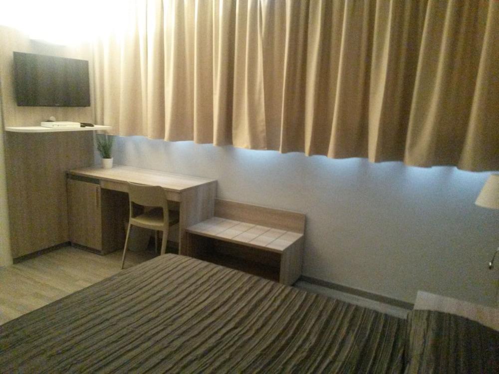 호텔 애틀랜틱 메우블레(Hotel Atlantic Meublè) Hotel Image 7 - Guestroom