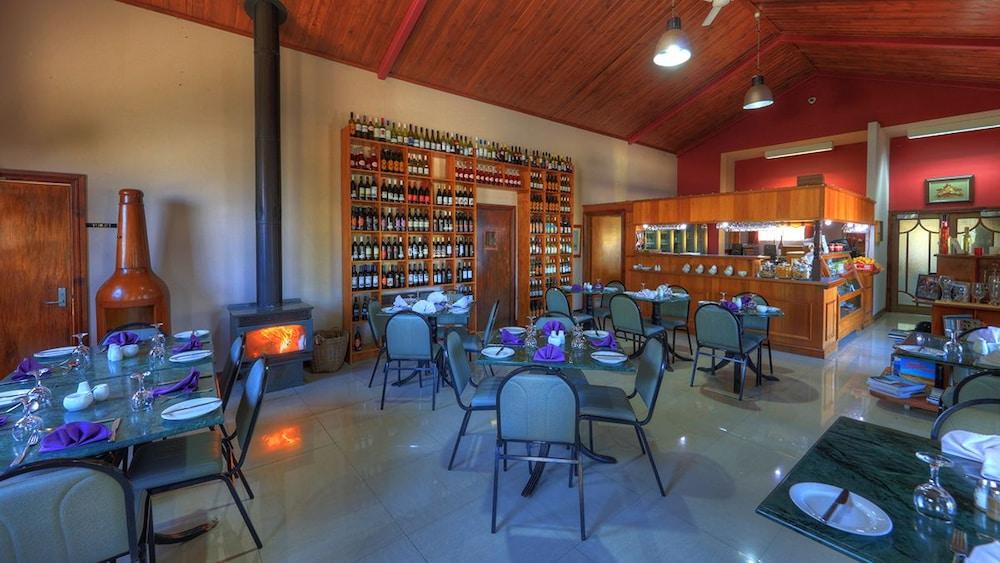 햇처스 리치먼드 매너(Hatchers Richmond Manor) Hotel Image 120 - Food and Drink