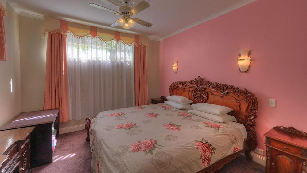 햇처스 리치먼드 매너(Hatchers Richmond Manor) Hotel Image 46 - Guestroom