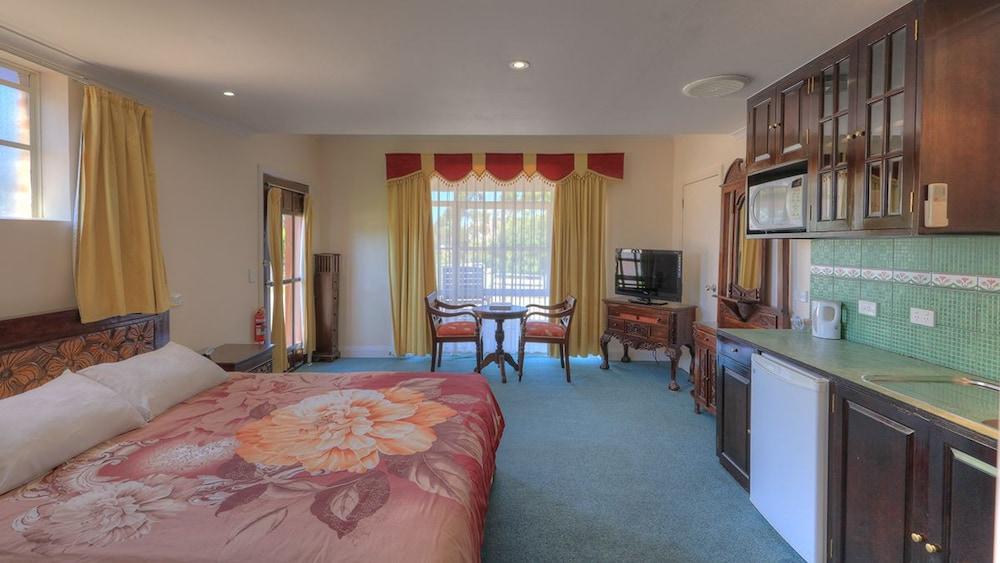 햇처스 리치먼드 매너(Hatchers Richmond Manor) Hotel Image 53 - Guestroom