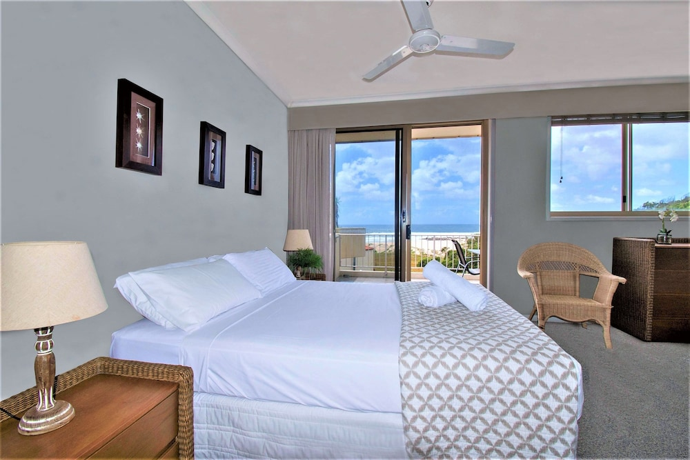 샌드 캐슬 커럼빈 비치(Sand Castles on Currumbin Beach) Hotel Image 7 - Guestroom