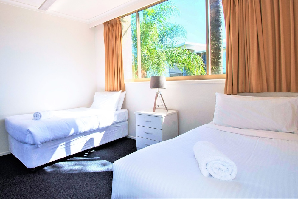 샌드 캐슬 커럼빈 비치(Sand Castles on Currumbin Beach) Hotel Image 8 - Guestroom