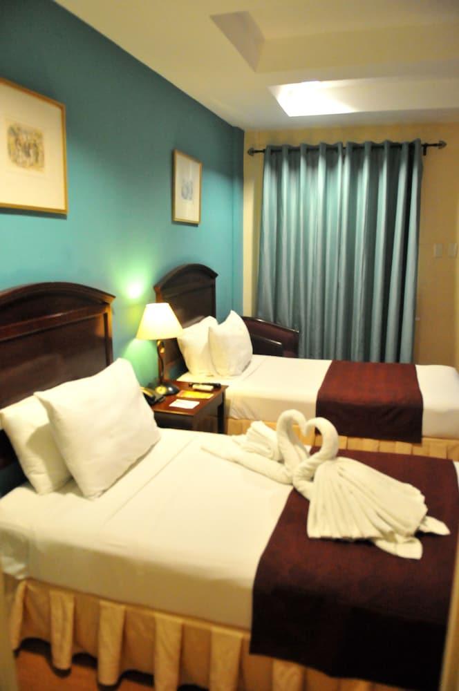 호텔 스토센버그(Hotel Stotsenberg) Hotel Image 5 - Guestroom