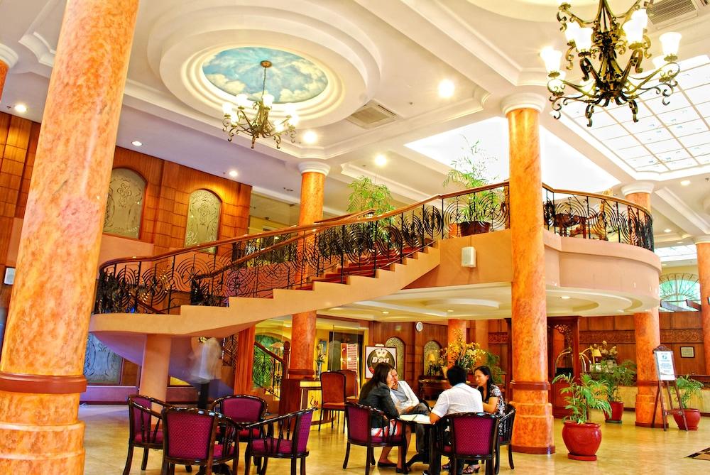 호텔 스토센버그(Hotel Stotsenberg) Hotel Image 16 - Restaurant
