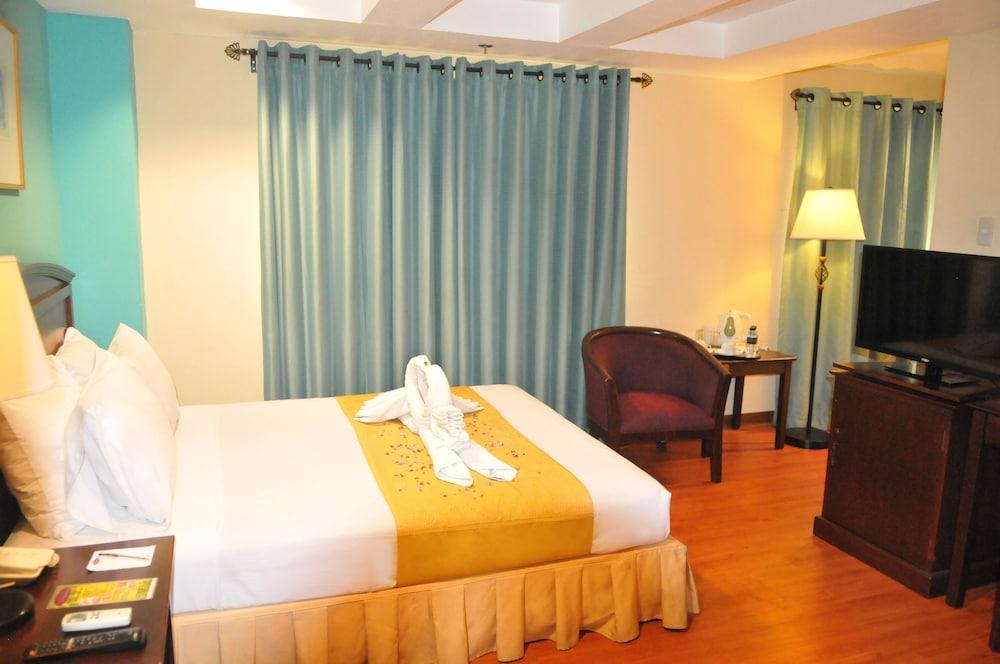 호텔 스토센버그(Hotel Stotsenberg) Hotel Image 4 - Guestroom