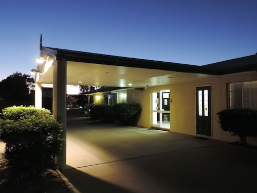 . Outback Motel Mt Isa