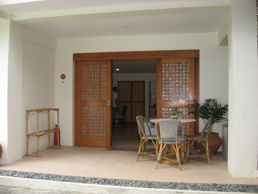 ブルーウォーター マリバゴ ビーチ リゾート