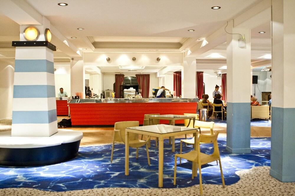 골든 코스트 호텔 & 방갈로 - 올 인클루시브(Golden Coast Hotel & Bungalows - All-Inclusive) Hotel Image 55 - Hotel Bar