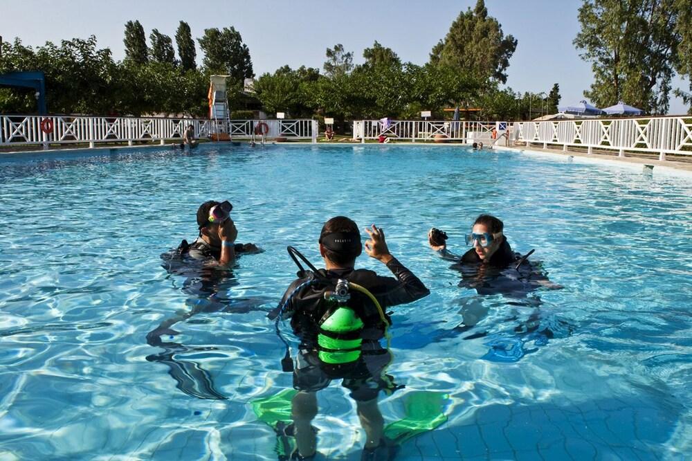 골든 코스트 호텔 & 방갈로 - 올 인클루시브(Golden Coast Hotel & Bungalows - All-Inclusive) Hotel Image 33 - Exercise/Lap Pool