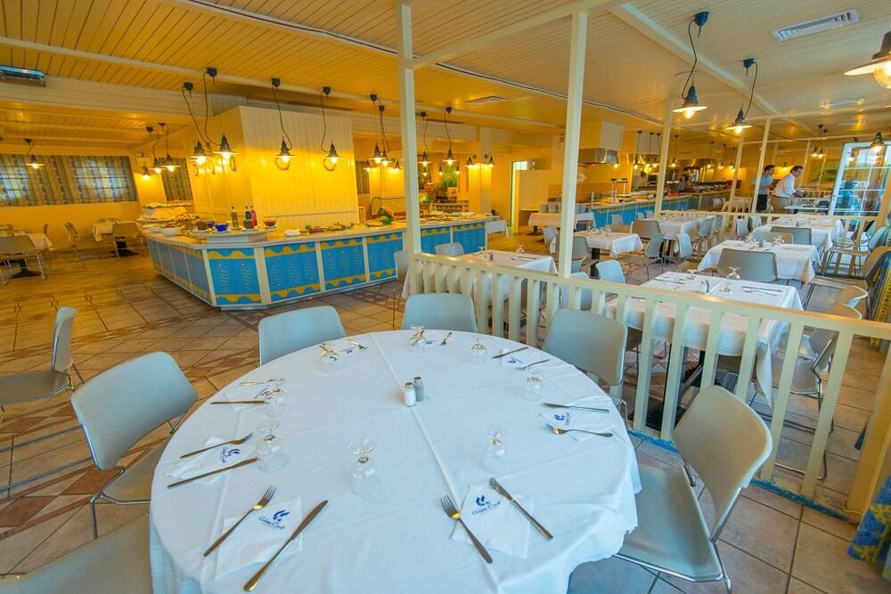 골든 코스트 호텔 & 방갈로 - 올 인클루시브(Golden Coast Hotel & Bungalows - All-Inclusive) Hotel Image 51 - Restaurant