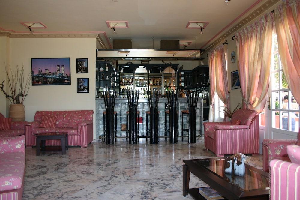 스타라이트 호텔(Starlight Hotel) Hotel Image 26 - Hotel Bar