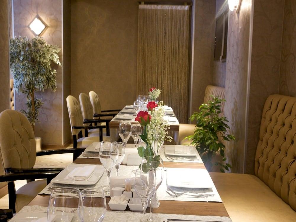 호텔 모멘토 - 스페셜 클래스(Hotel Momento - Special Class) Hotel Image 20 - Restaurant