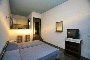 세인트 조지 스튜디오(St. George Studios) Hotel Image 2 - Guestroom