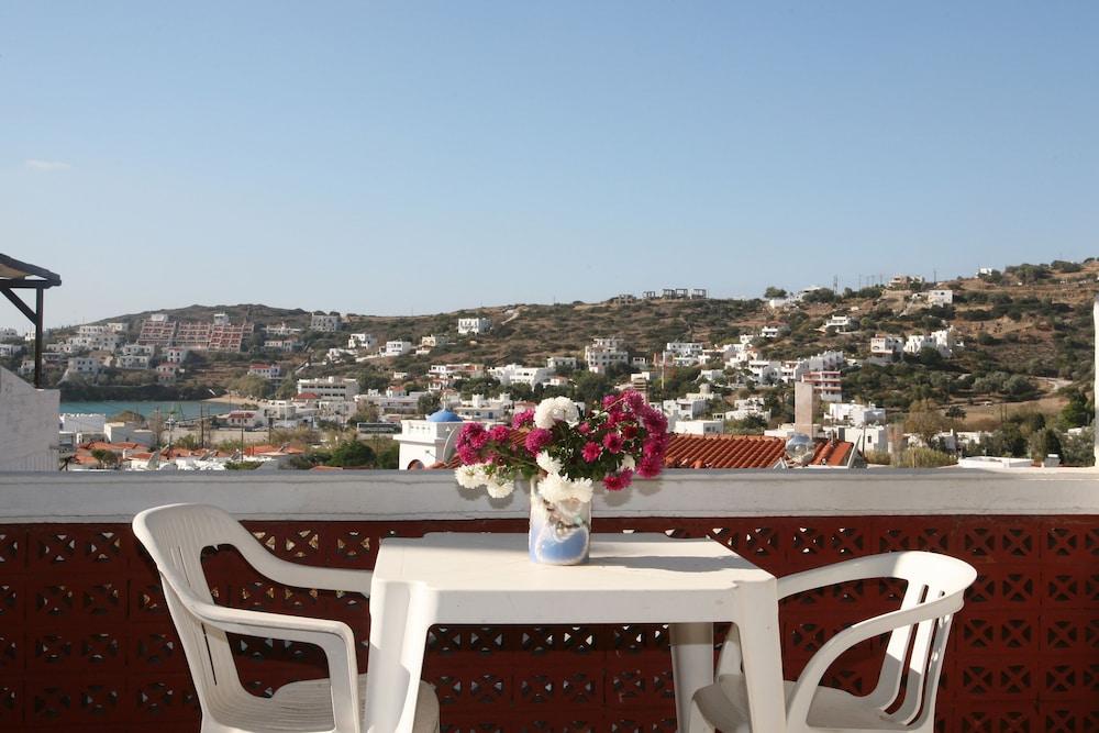 세인트 조지 스튜디오(St. George Studios) Hotel Image 23 - Balcony