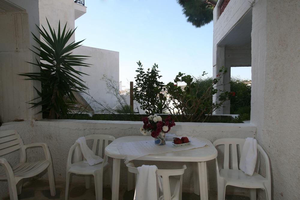 세인트 조지 스튜디오(St. George Studios) Hotel Image 24 - Balcony