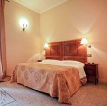 라 메종 드 마르타(La Maison de Marta) Hotel Image 12 - Guestroom