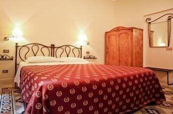 라 메종 드 마르타(La Maison de Marta) Hotel Image 5 - Guestroom