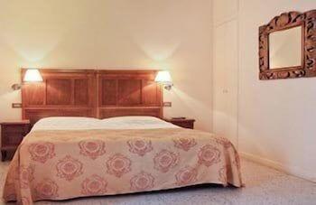라 메종 드 마르타(La Maison de Marta) Hotel Image 7 - Guestroom