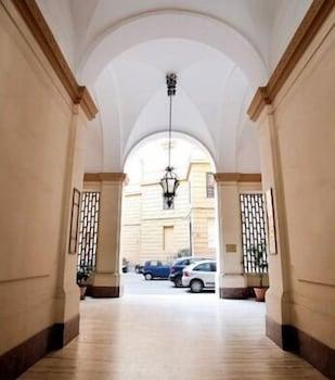 라 메종 드 마르타(La Maison de Marta) Hotel Image 32 - Hallway