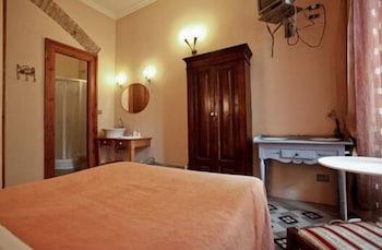라 메종 드 마르타(La Maison de Marta) Hotel Image 10 - Guestroom