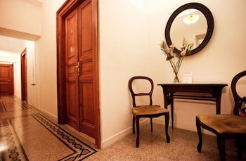 라 메종 드 마르타(La Maison de Marta) Hotel Image 31 - Hotel Interior