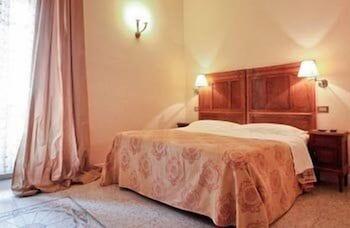 라 메종 드 마르타(La Maison de Marta) Hotel Image 6 - Guestroom
