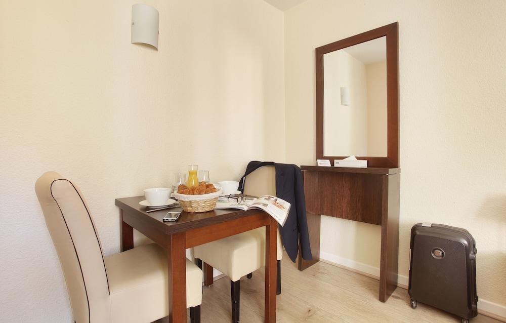 오달리스 시티 엑상프로방스 라트리움(Odalys City Aix en Provence L'Atrium) Hotel Image 7 - Guestroom