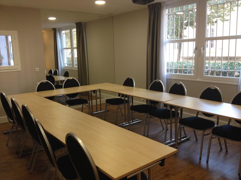 오달리스 시티 엑상프로방스 라트리움(Odalys City Aix en Provence L'Atrium) Hotel Image 24 - Meeting Facility