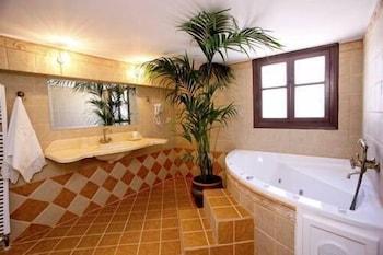 애게안 다이아몬드 부티크 빌라(Aegean Diamonds Boutique Villas) Hotel Image 18 - Bathroom