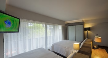 Master Suite 2 Double Beds