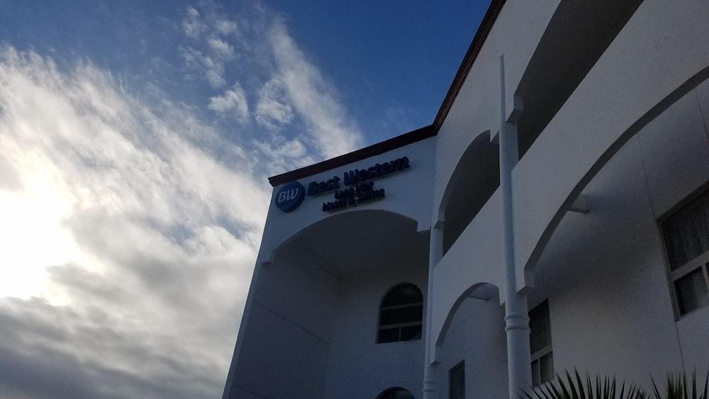베스트 웨스턴 라오스 마르 호텔 & 스위트(Best Western Laos Mar Hotel & Suites) Hotel Image 52 - Exterior