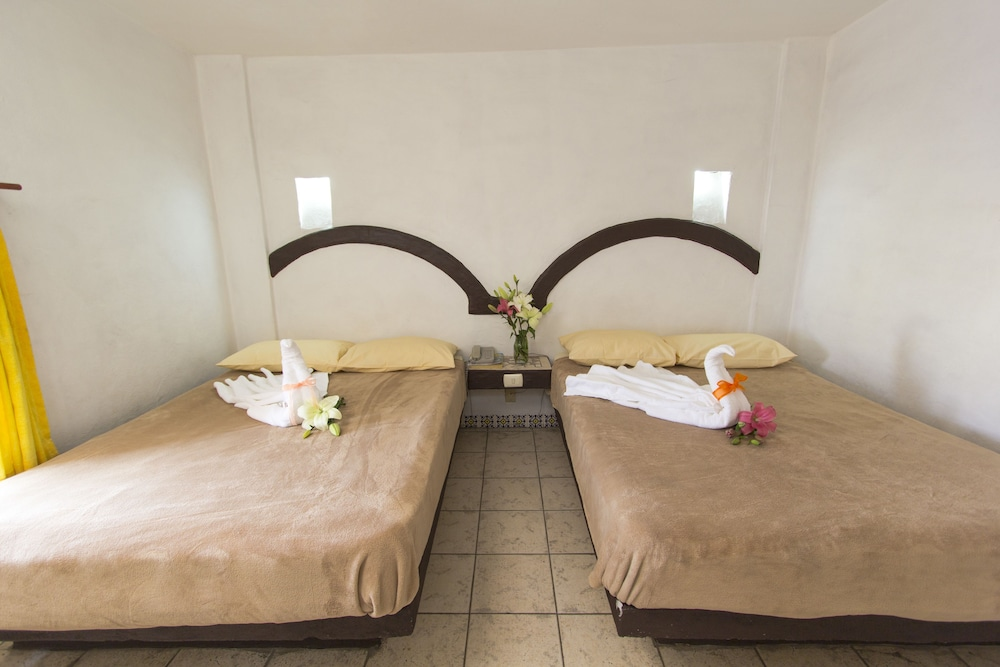 호텔 플라자 모렐리아(Hotel Plaza Morelia) Hotel Image 12 - Guestroom