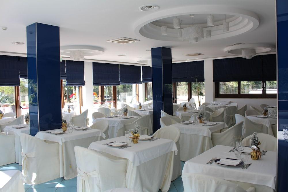 호텔 파르코 데이 프린시피(Hotel Parco dei Principi) Hotel Image 17 - Restaurant