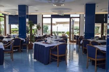 호텔 파르코 데이 프린시피(Hotel Parco dei Principi) Hotel Image 22 - Food Court