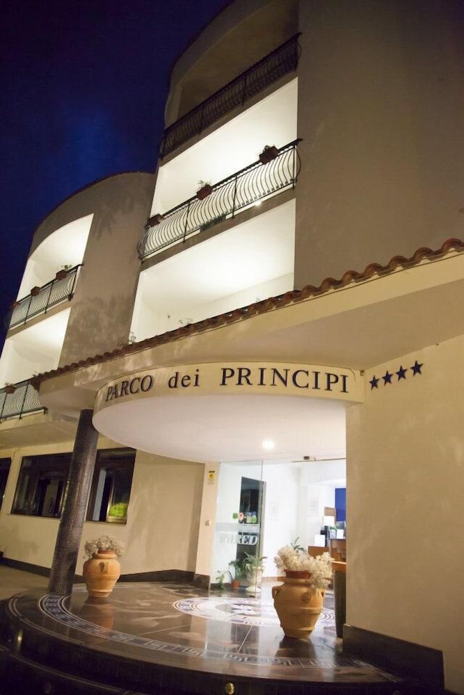 호텔 파르코 데이 프린시피(Hotel Parco dei Principi) Hotel Image 32 - Hotel Entrance