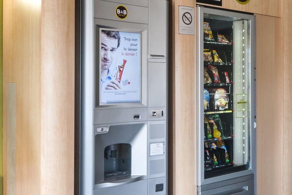B&B 오텔 마르세유 상트르 라 티몬(B&B Hôtel Marseille Centre La Timone) Hotel Image 16 - Vending Machine