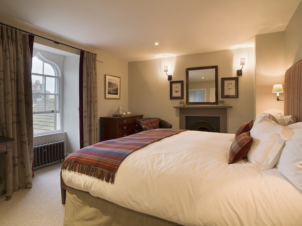 로어드 크루 암스(Lord Crewe Arms) Hotel Image 3 - Guestroom
