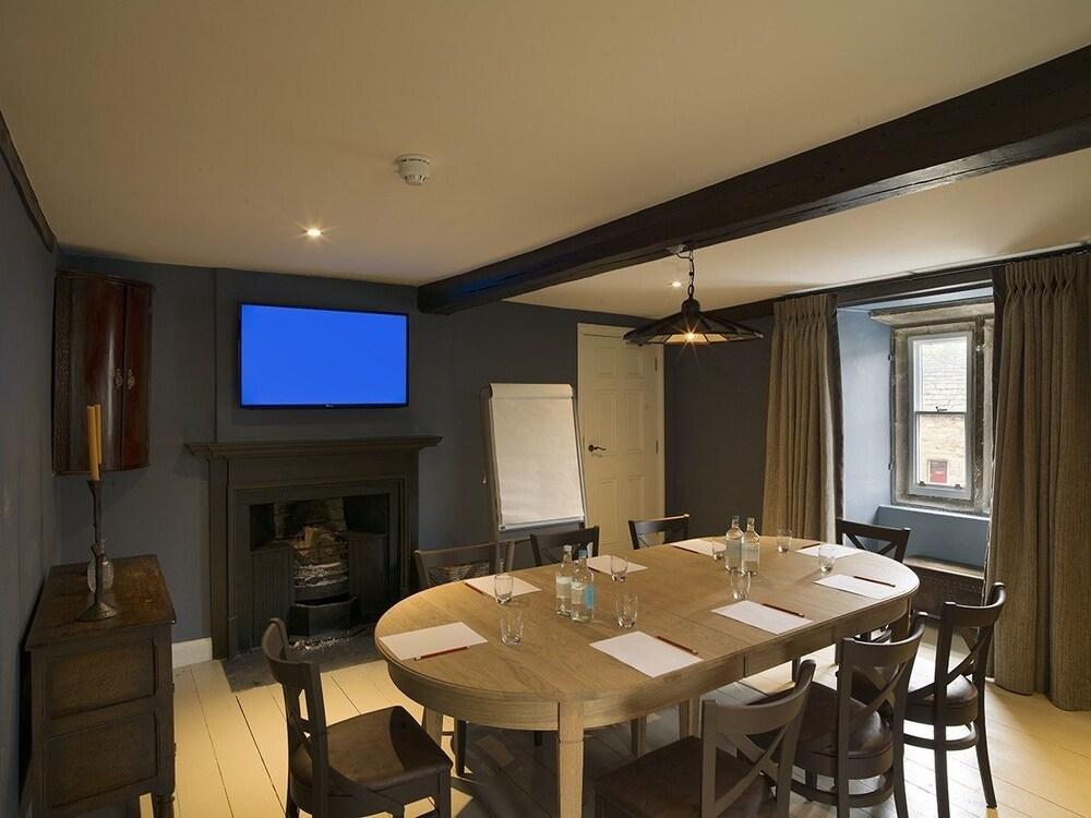로어드 크루 암스(Lord Crewe Arms) Hotel Image 37 - Meeting Facility
